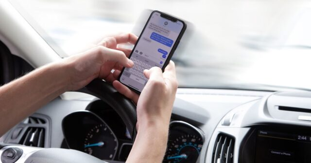 Met Police hand out 436 fines for drivers using mobile phones behind wheel in just 3 weeks