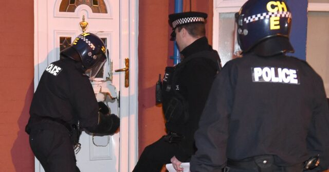 More than 300 police officers take part in raids in Kent, Essex and London