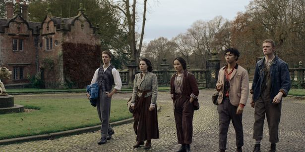 The Irregulars are made up of Darci Shaw as Jessie; Thaddea Graham as Bea; Jojo Macari as Billy; Mckell David as Spike and Harrison Osterfield as Leopold.